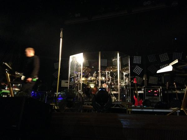 Palco para do show do Tokio Hotel em Londres 2015 Feel it All Tour
